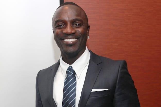 Akon launches African Solar Academy