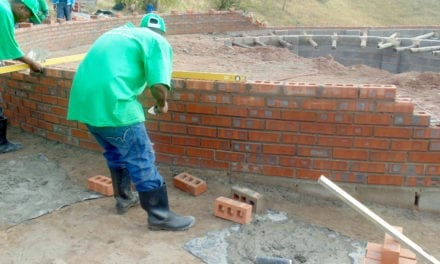 Face brick layer improves sustainability and quality of traditional rondavels