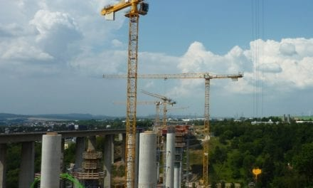 Crane expert calls for infrastructure spending