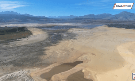 Is Cape Town taking advantage of aquifers and mountain springs?