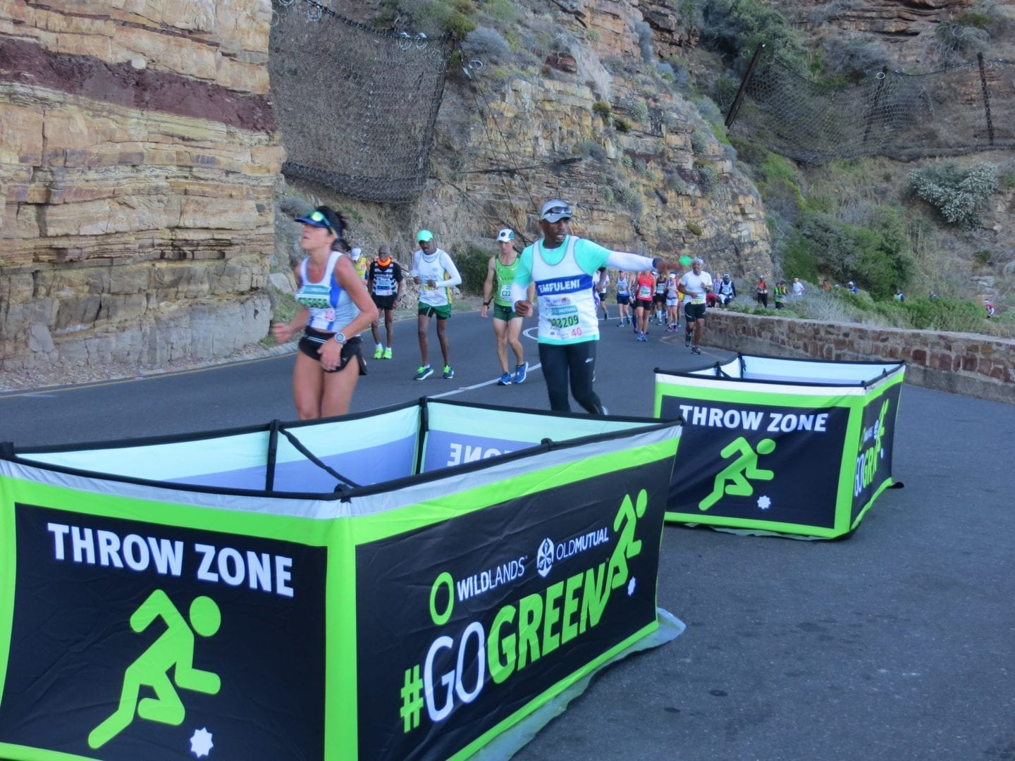 Clean-up crews were hard at work at the 2017 Two Oceans Marathon in Cape Town.