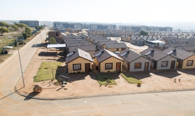 Housing for poor is my priority, says De Lille