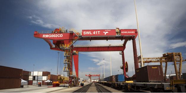 Shady crane tender lifts Transnet into the spotlight
