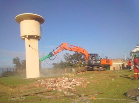 Transnet tears down Richards Bay Lighthouse