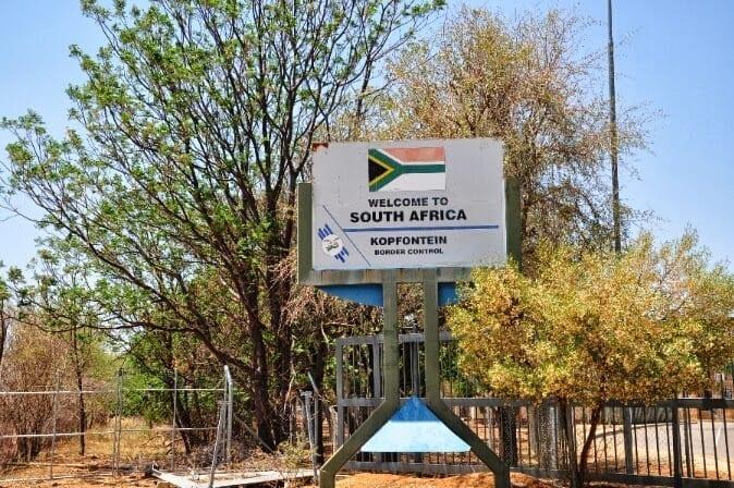 SARS officials thwart bribery attempts