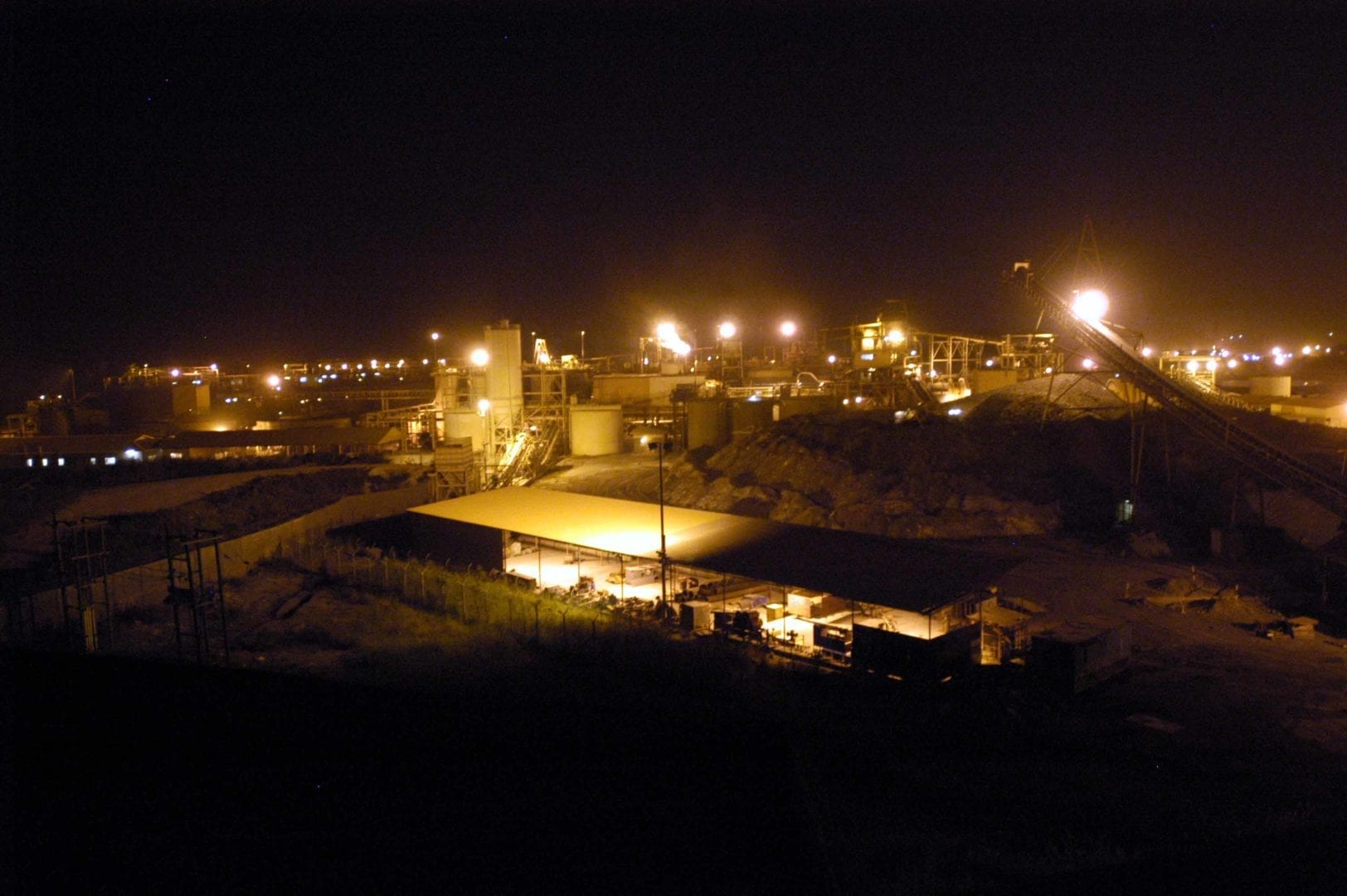 AngloGold says illegal miners control richest deposits at Obuasi