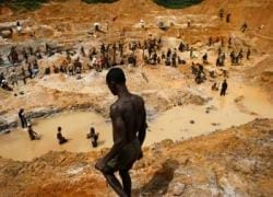 Ghanaian gold mine collapse kills six