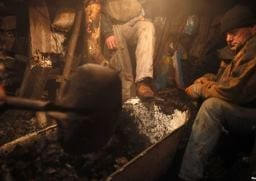 Bosnia coal miners trapped after quake