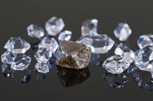 Falling oil prices good for diamonds – De Beers CEO