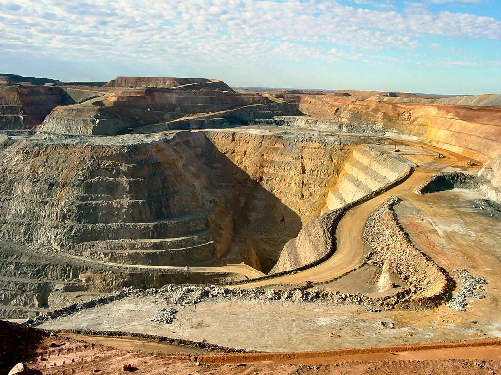 Firm commences gold and diamond mining in December