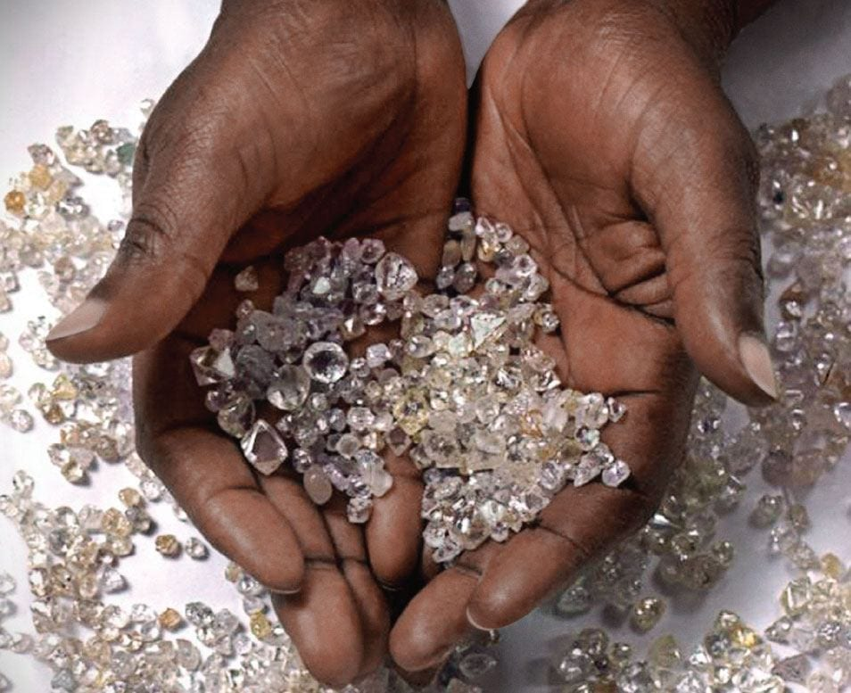 Zimbabwe diamond output declines 62%