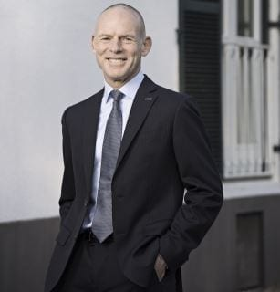 Former CEO of BHP inaugurated in SA Mining Hall of Fame