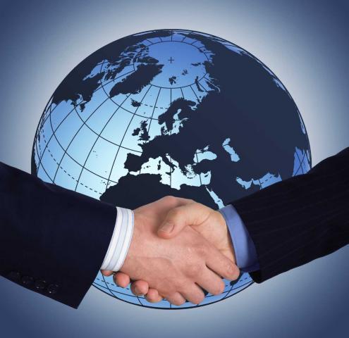 http://www.3smedia.co.za/transportworldafrica/wp-content/uploads/sites/2/2014/10/Global_Trading.jpg